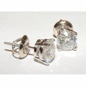1.80 Carats Platinum Diamond Studs Earrings